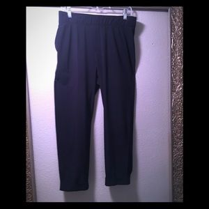 Talbots Navy Elastic waist cuffed crop pants.